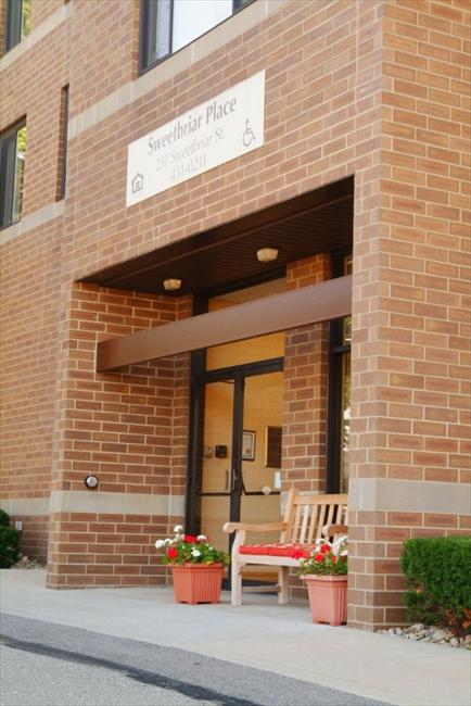 Sweetbriar Place Affordable Apartments In Pittsburgh Pa