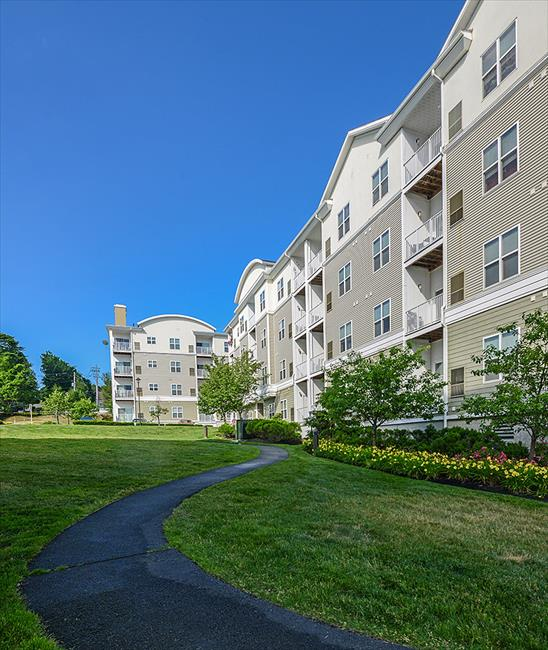 Endicott Green Apartment Homes Affordable Apartments In