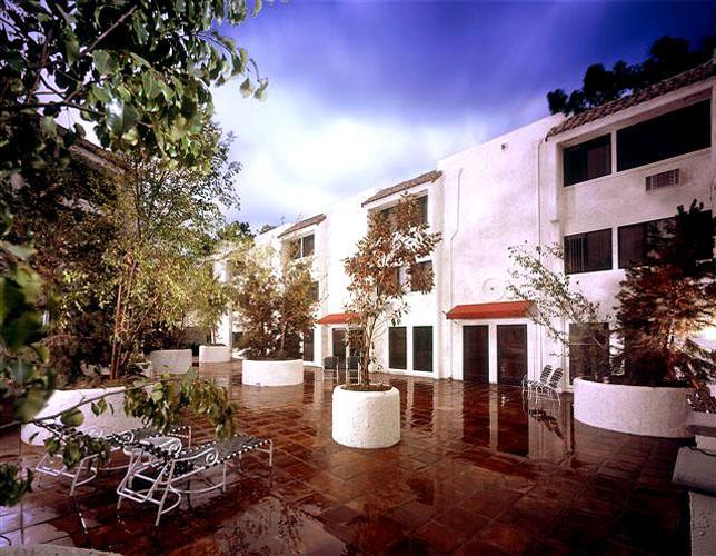 casa lucerna 55 senior community affordable apartments in los