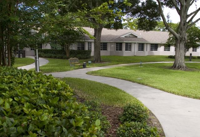 Magnolia Gardens Alf Affordable Apartments In Pinellas Park Fl Found At