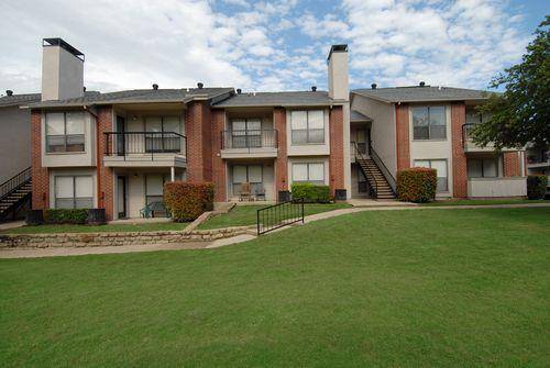 Windcastle apartment homes affordable apartments in - 4 bedroom apartments in arlington tx ...