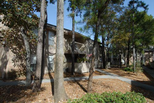 ... Holly Creek Apartment Homes ... Pictures
