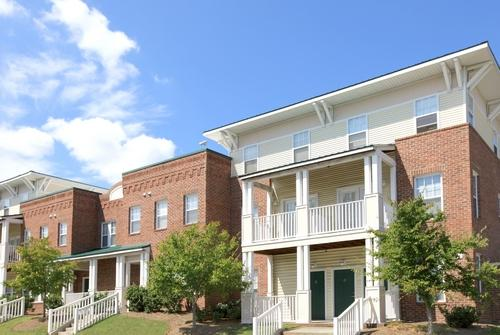 Main street townhomes affordable apartments in durham nc found at for 2 bedroom townhouse in durham nc