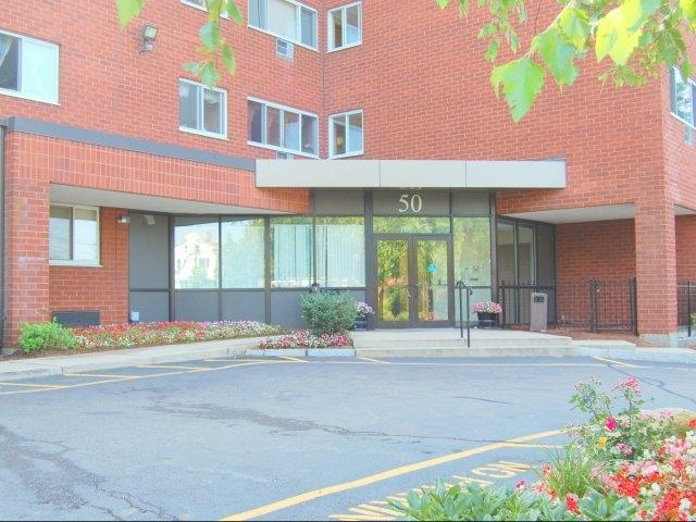 Lockwood plaza affordable apartments in providence ri found at for 3 bedroom apartments in providence